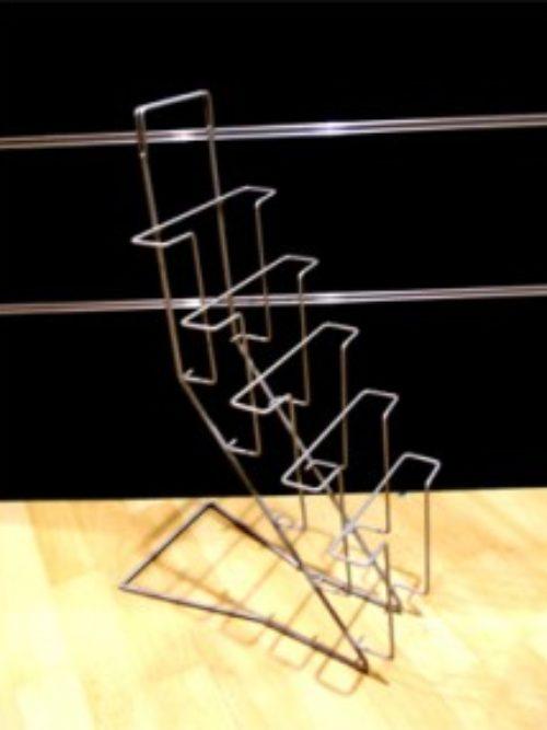 Metalni stalak za brošure
