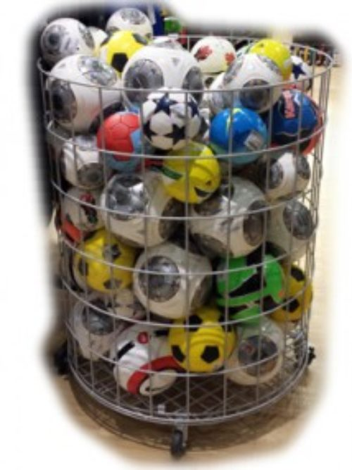 Shop basket for balls